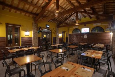 Locanda del West Chiaravalle Cucina Messicana Pizzeria Specialità Carne Birra